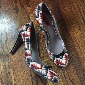 Missoni closed-toe heels